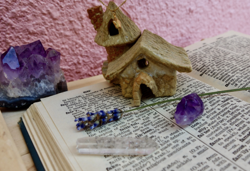 Gabrielle fairy house with amethyst