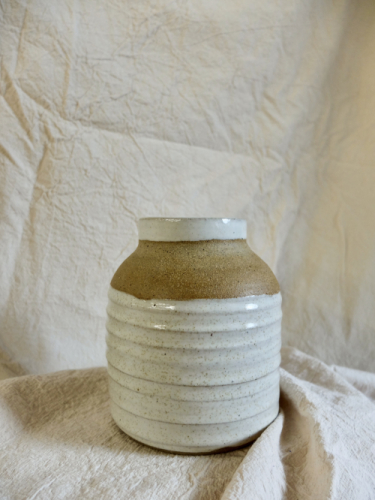Vase with bare shoulders
